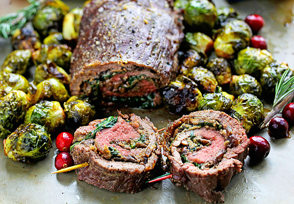 SPINACH-STUFFED STEAK ROULADES