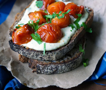 MEDITERRANEAN TOAST WITH CREAMY WHITE BEAN SPREAD & ROASTED TOMATOES