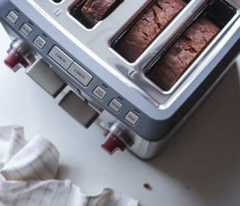 Molasses Ginger Bread | Wolf Gourmet 4-slice Toaster